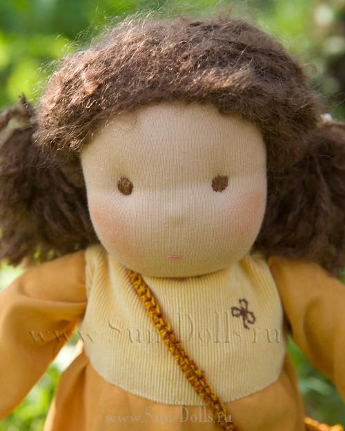 Кукла в пришивной одежде «Нина»