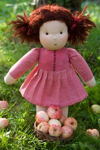 Кукла в пришивной одежде «Яна»